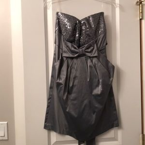 Gray Strapless Prom/Homecoming Dress